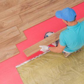 Jak układać panele podłogowe