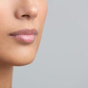 Naturalnie powiększone usta