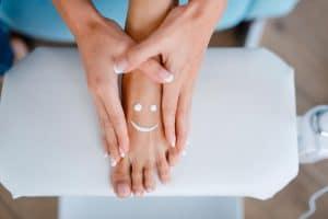 Objawy grzybicy paznokci