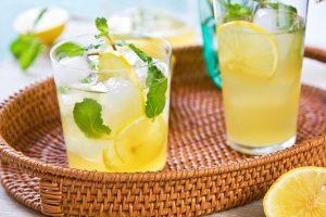 Jak podawać lemoniadę