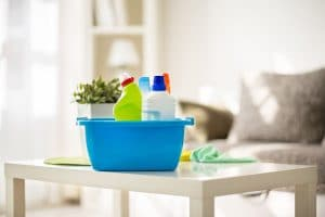 Czym usunąć zapach moczu