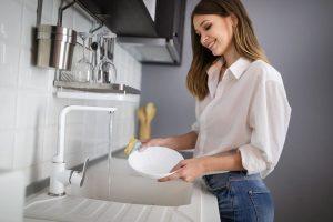Mycie porcelany ręcznie