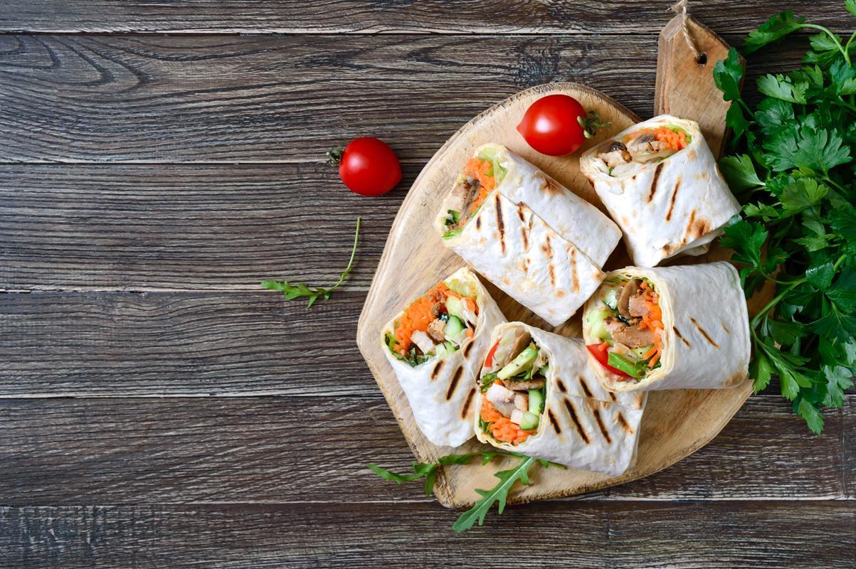 Przepis na koreczki z tortilli